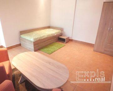 PRENÁJOM 1 izbový byt pri Prezidentskom paláci Bratislava Staré mesto - Námestie 1 Mája - EXPISREAL