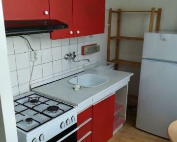 Prenájom 1 izbový byt, Medveďovej ulica, Bratislava V. Petržalka