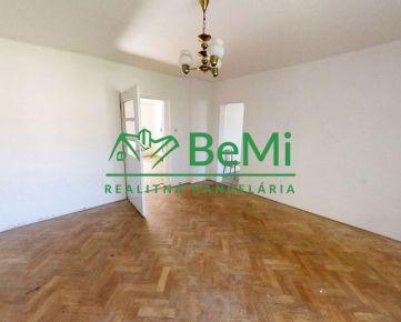 Na predaj rodinný dom s priestranným pozemkom, Vyšné Opátske - Košice