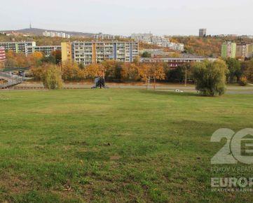 Výborná lokalita Karlova Ves pozemok 4 706 m2 - predaj