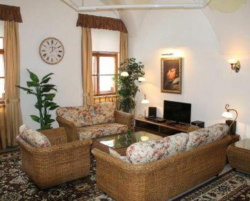 Veľký 1izbový byt v centre mesta Banská Bystrica