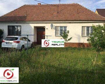 TRNAVA REALITY - 5 izb. rodinný dom s rozľahlým pozemkom v centre obce Dolný Lopašov