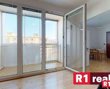 Aktuálne NA PREDAJ 3 izb. byt /balkón, výťah/ Trenčín