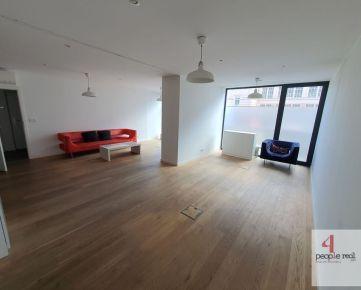 Prenájom ATRAKTÍVNY obchodno-kancelársky priestor 78 m2 pri OC CENTRÁL! Bezbariérový prístup. Vhodný aj na služby