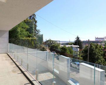 LEXXUS- PREDAJ luxusný 6i mezonet s terasou pod Slavínom, BA I. , 288 m2