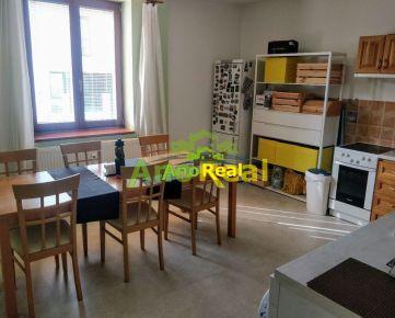 Na prenájom 3 iz.byt s balkónom, 100 m2, Žilina - Malá Praha