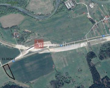 Predaj: Pozemok na komerčné účely - Ivachnová - 11. 157m2