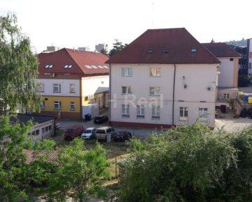 NÁRODNÁ TR. - Sever priestranný 3 iz byt v blízkosti park Anička