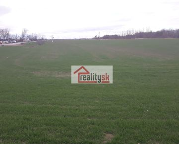 Predám ornú pôdu na investičný zámer 13 362m2, Bratislava- Podunajské Biskupice