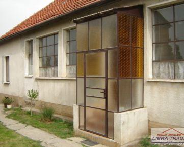 Predaj rodinného domu v Bánove, 5 km od N. Zámkov