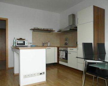 Prenájom 1 izbový byt s garážou, Nám. Sv.Františka, Bratislava IV. Karlova Ves