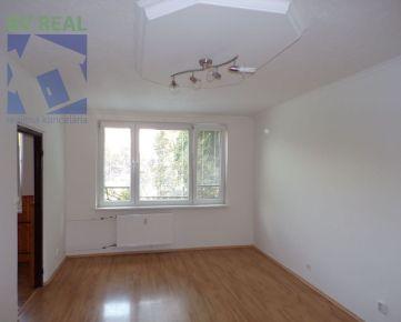 BV REAL Na predaj 2 izbový byt 65 m2 Prievidza FM1159