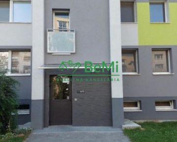 Veľkometrážny 1 izbový byt (49 m2) - Nitra (054-111-NASa)