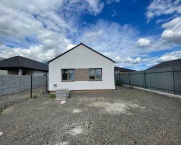 Ponúkame na predaj 4 izbový rodinný dom v obci Zohor - Malacky.