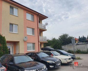 K prenájmu krásny nový priestranný bytík v nerušenej časti Podunajských B.!