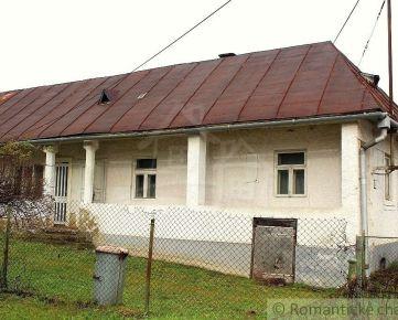 Vidiecky dom s pekným pozemkom v centre obce Vyšný Hrušov