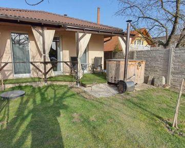 Predaj 3. izb, RD na ulici Pod Záhradami, Šamorín, zastavaná plocha 99 m2, pozemok 429 m2, cena 185 990 €