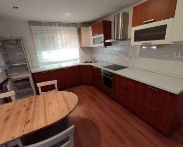 Na prenájom 3 izbový byt Nitra centrum aj pre pracujúce rodiny s deťmi