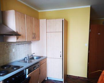Predaj pekný 3 izbový byt, ulica Hany Meličkovej, Bratislava IV Karlova Ves