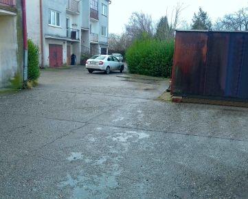 2 izbový byt v pôvodnom stave na predaj v obci - Čenkovce, okr: Dunajská Streda