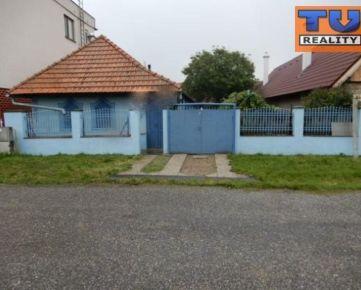 Pekný rodinný dom, 100 m2, kompletná rekonštrukcia, garáž, Bátovce, Levice CENA: 42 990,00 EUR