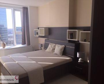 Ponúkame Vám luxusne zariadený 2 izbový byt v PANORÁMA CITY  ( parkovacie státie v cene)