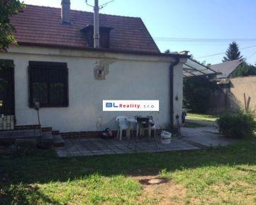 susediace - 2x RD – veľké pozemky: 2.RD - 1 079 m2, ÚP 80 m2, Strojnícka ul., Ružinov, BA 2, 228 000.-€