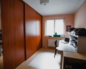 NEO- priestranný 3i byt na Vajanského ulici