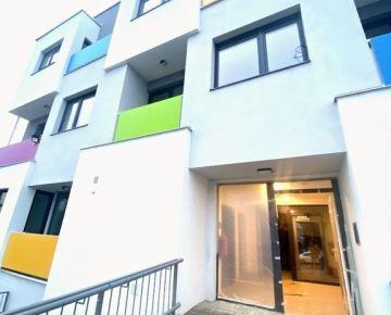 TOP ponuka! Výnimočný  2 izbový byt na predaj v novostavbe na začiatku Petržalky.