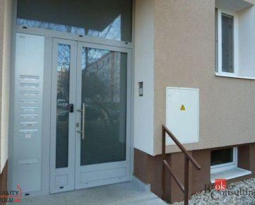 REZERVOVANÉ - 3 izbový byt Pezinok na predaj, blízko centra