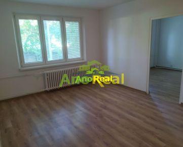 Na predaj 2 izbový byt, 50 m2, Žilina - Hliny VII