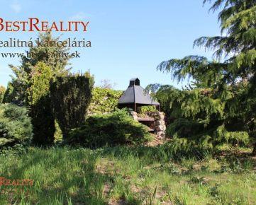 Rodinný dom na predaj,podpivničený, dvoj garáž, pozemok 2000 m2, Parková úprava v blízkosti Bratislavy, Kvetoslavov www.bestreality.sk