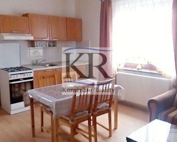 Na PRENÁJOM 3+kk byt v rodinnom dome so záhradou v Trenčíne, 380 €/mes.
