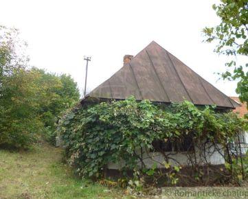 Drevenica v pôvodnom stave v peknom prostredí blízko Domaše/pozemok na stavbu domu
