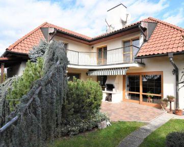 BOND REALITY - Čarovný 5 izbový rodinný dom v žiadanej lokalite Záhorskej Bystrice