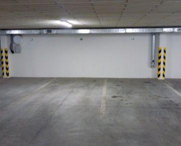 Trenčín širšie centrum Dominum na prenájom garáž hromadná