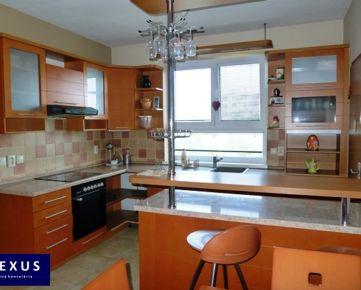 Predaj, veľkorysý mezonetový byt s balkónom v novostavbe, 181 m2 + 4 m2 balkón, CENTRUM MESTA, MOŽNOSŤ VYUŽIŤ NA BÝVANIE AJ PODNIKANIE