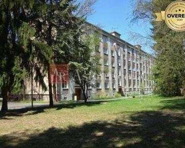 KÚPA: 2-izbový byt s balkónom, pôvodný stav, Hliny - ul. Čajakova, ZA