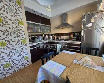 Na predaj slnečný 4 izbový byt v Podbrezinách, 95m2. CENA: 140 000,00 EUR