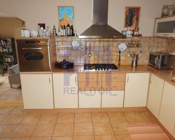 * VIRTUÁLNA PREHLIADKA * Predaj, rodinný dom v lokalite Banská Bystrica - Selce