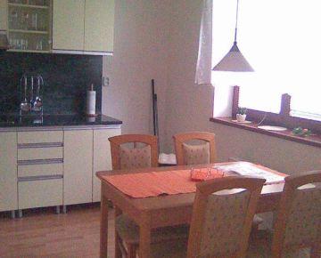 AARK: 3-izbový byt, Vajanského 39, Trnava