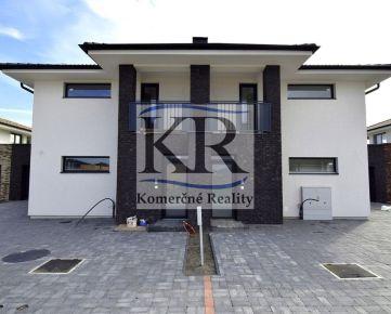 Novostavba 3 izbového bytu s terasou, záhradou a 2 parkovacími miestami v Galante