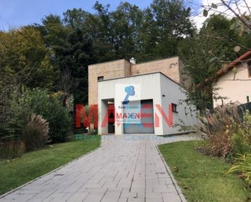 Luxusný rodinný dom s garážou, pod lesom len pár kilometrov od Košíc