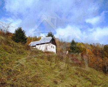 Na predaj usadlosť na polosamote s 1,8ha pozemkom a pekným výhľadom