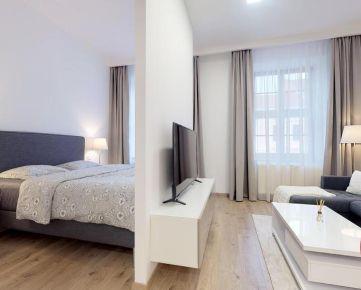 1,5-izbový byt s vysokými stropmi v centre mesta