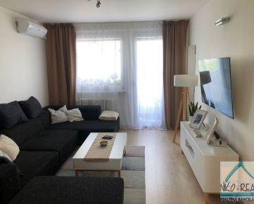 Predaj kompletne zrekonštruovaného 4-izbového bytu, ul. Toplianska, BA II - Vrakuňa