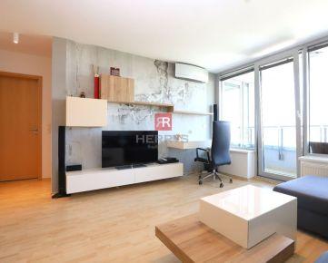Na prenájom štýlový 2izbový zariadený byt s lodžiou s krásnym výhľadom na mesto v novostavbe III.Veže