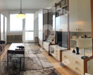 PREDANÝ    Krásny veľký 1 izbový byt na Západe v Poprade