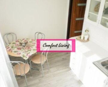 COMFORT LIVING ponúka - Zrekonštruovaný a prakticky riešený 1 izbový byt so západnou orientáciou - zateplený tehlový dom s obnovenými spoločnými priestormi, nízke náklady