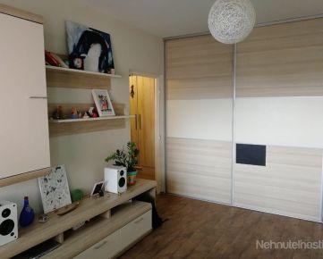 Prenájom pekný 1 izbový byt, ulica Ľuda Zúbka, zariadený, lodžia, Dúbravka
